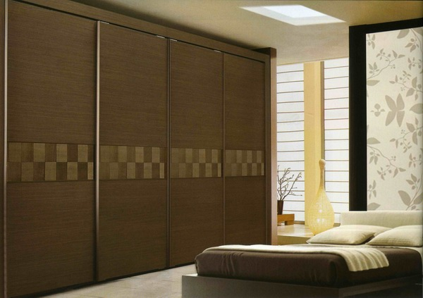 Warm Look Wooden Sliding Closet Doors